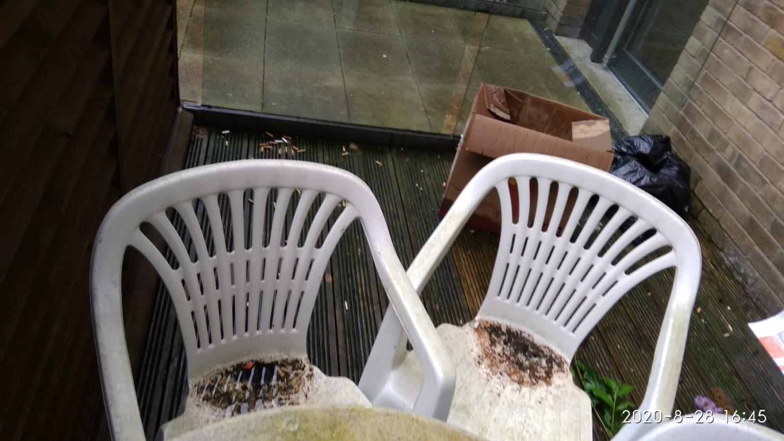 Atom Cleaners Garden chair_before